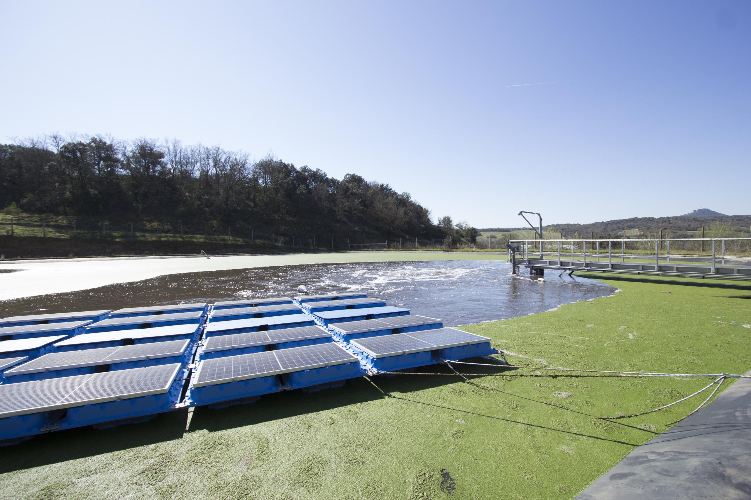 Fotovoltaica flotante-EDAR Viñas del Vero